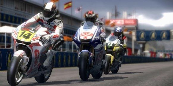 MotoGP 10/11: Primer contacto