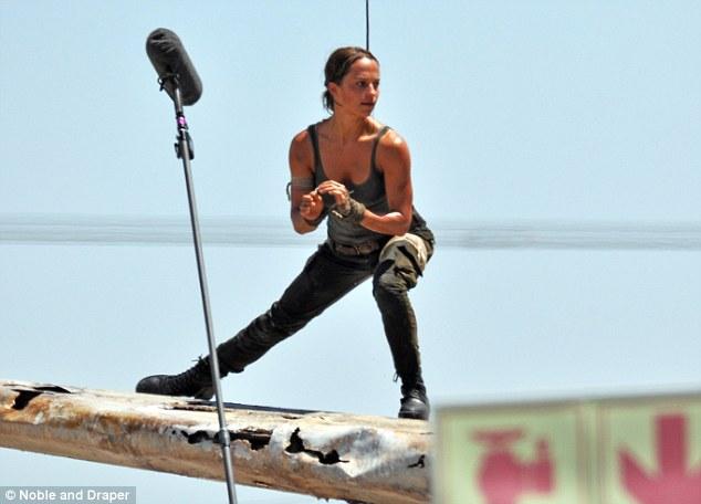 Publican primeras imágenes de Alicia Vikander como Lara Croft (FOTOS)