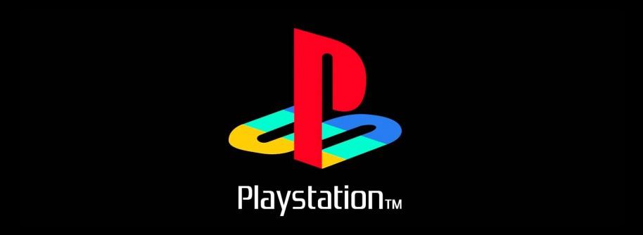 """La llegada de la primera consola de Sony supuso una modificación muy seria del panorama de las consolas de juego. Por aquel entonces eran Nintendo y SEGA quienes cortaban el bacalao, con máquinas que en esos momentos parecían tan arraigadas que algunos incluso vaticinaron un absoluto fracaso de la marca PlayStation. Lo que vino después por todos es sabido, incluida la superioridad sobre Saturn y el posterior abandono de Dreamcast por parte de la propia SEGA. La """"PS"""" en cuestión fue un verdadero éxito que situó a Sony en el mundillo de forma inmejorable, y que llegó incluso a situarse en cabeza del mercado de los videojuegos con su segundo volumen de la consola: la exitosa PlayStation 2. El resto es historia."""
