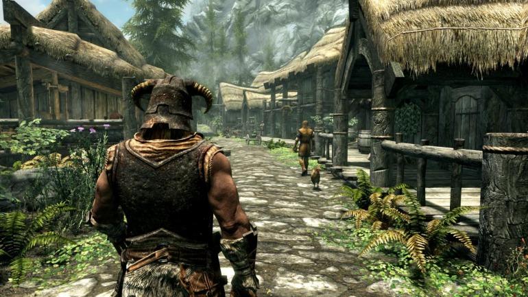 En TES V: Skyrim podemos ir a cualquier punto del mapa desde los primeros minutos de juego sin temer a los enemigos que nos podemos encontrar en el camino.